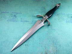 Custom Knife by Willie Rigney